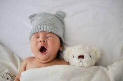 Comment faire un shooting photo à la maison de son nouveau né?